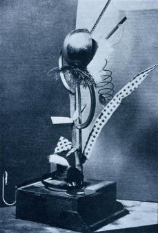 Hoch_DadaMaitage_1919