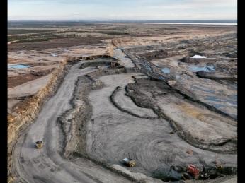 Edward Burtynsky; Alberta Oil Sands 8
