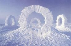 Andy Goldsworthy; Toucing North; 1989; snow; North Pole