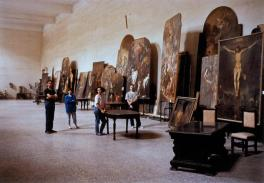 Thomas Struth; Restorers at San Lorenzo, Naples; 1988; print on paper; 119 x 159.5 cm