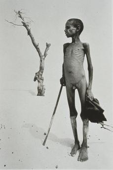 Sebastiao Salgado; Mali: Desert Where Lake Faguibine Used to Be; 1985; photograph