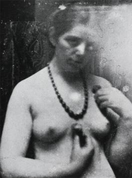 Paula Modersohn-Becker; Photo of Artist; 1906