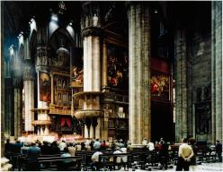 Thomas Struth; Milan Cathedral (Interiort); 1998; silver dye bleach print, face-mounted to acrylic; 173.7 x 219.4 cm; Solomon R. Guggenheim Museum, NY