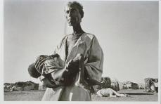 Sebastiao Salgado; Sudan: refugees arriving from Eritrea to Wad Sheifray camp; 1985
