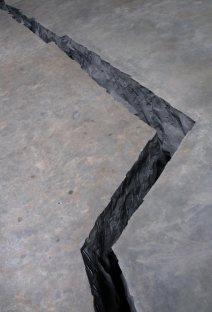 Doris Salcedo; Shibboleth; Tate Modern